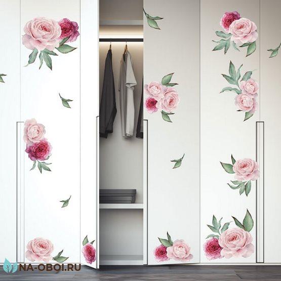 декор шкафа наклейками с цветами